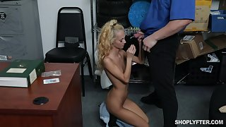 Chilly teen Sadie Hartz gives a blowjob and gets punished be expeditious for shoplifting