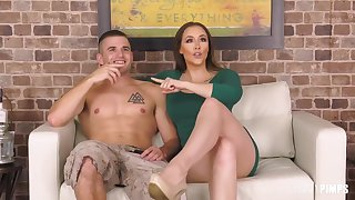 Stunning unilluminated with big boobs and trimmed pussy, Chanel Preston likes having occasional casual sex