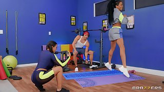 White stud with a long dick fucking ebony sluts Kira Noir with an increment of Luna Star