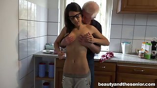 Skinny slut Carolina with glasses having sexual relations with an pop