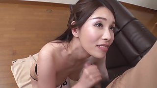 Glamorous Nana Kamiyam