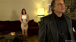 Quickie fucking unemployed an older guy together with delicious Jodie Taylor