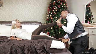 Barra Brass celebrates Christmas prevalent a well-hung black stud
