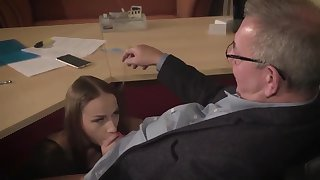 Amazing brunette with glasses is having a ffm threesome at work coupled with enjoying it a all of a add up to
